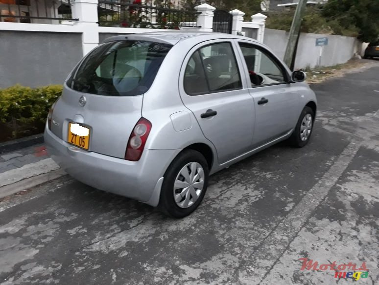 2005 Nissan March Ak12 en Port Louis, Maurice