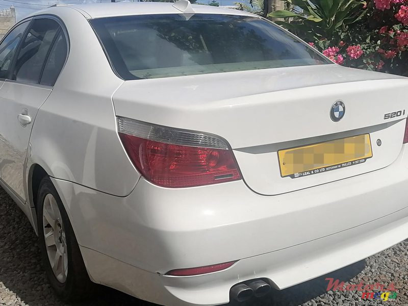 2005 BMW in Terre Rouge, Mauritius - 7
