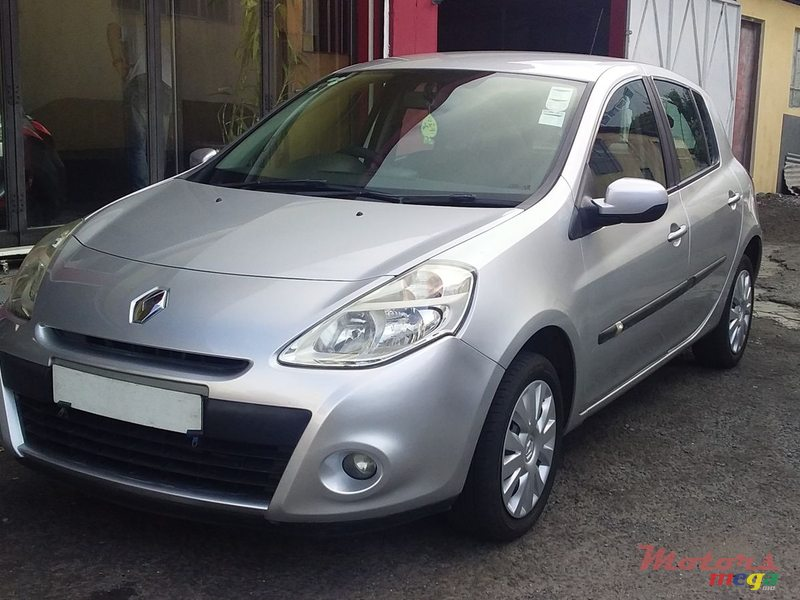 renault clio  sale  rs nishal vacoas