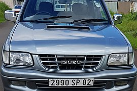 2002' Isuzu KB300 Full Option