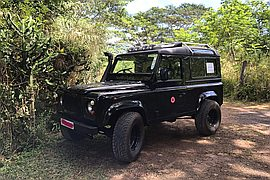 1999' Land Rover Defender 90
