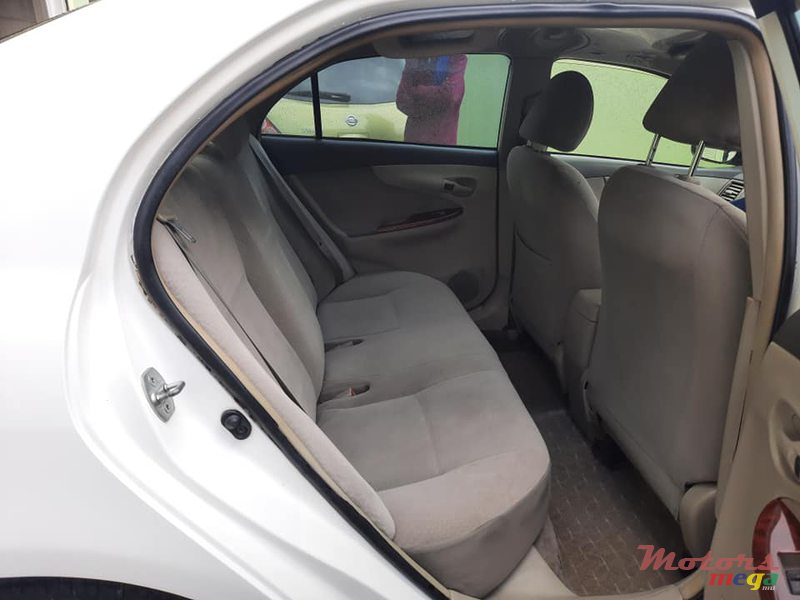 2009 Toyota Axio X LIMITED en Port Louis, Maurice - 5