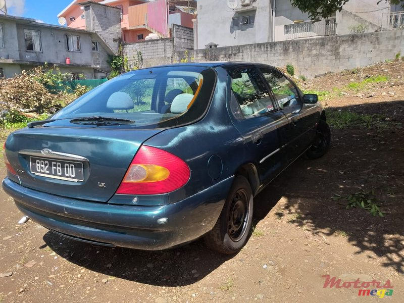 2000 Ford Mondeo en Curepipe, Maurice