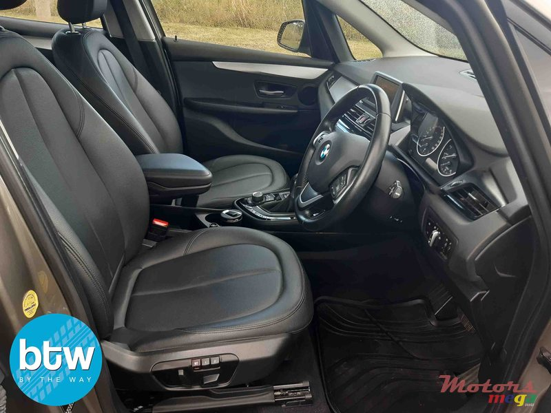 2015 BMW 2 Series 218i Grand Tourer (F46) in Moka, Mauritius - 3