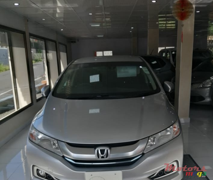 2016 Honda Fit grace en Curepipe, Maurice - 2