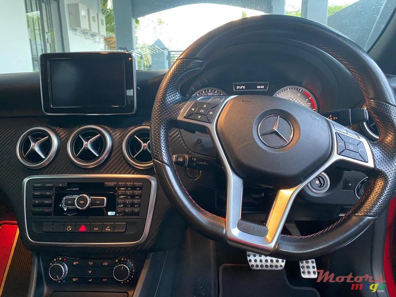 2017 Mercedes-Benz A 180 en Grand Baie, Maurice - 3