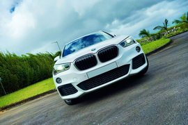 2017' BMW X1 18i SDrive