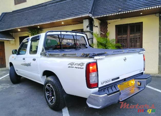 2012 Nissan NP300 in Port Louis, Mauritius - 2