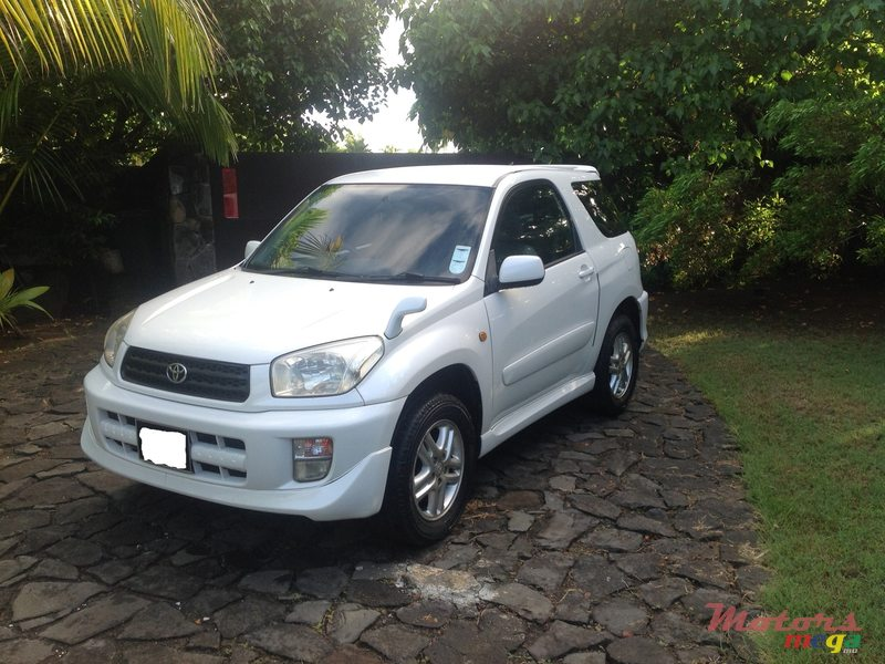 2000 Toyota Rav4 2 Portes For Sale 250 000 Rs Grand
