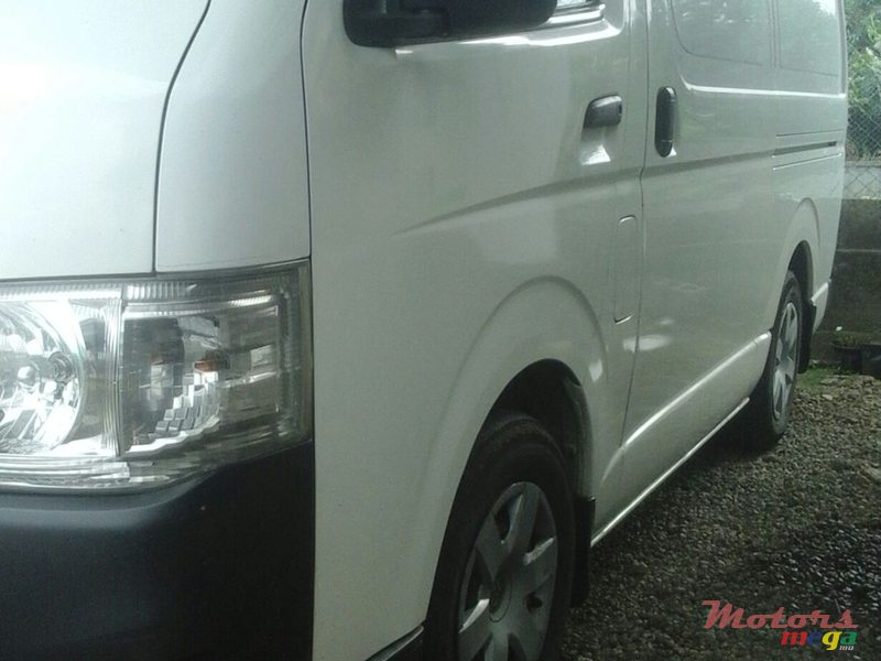 2012 Toyota Hiace Goodvehicle en Flacq - Belle Mare, Maurice - 2