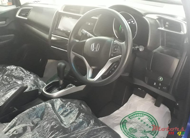 2018 Honda FIT USA F PACKAGE in Curepipe, Mauritius - 5