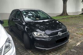 2013' Volkswagen Golf R