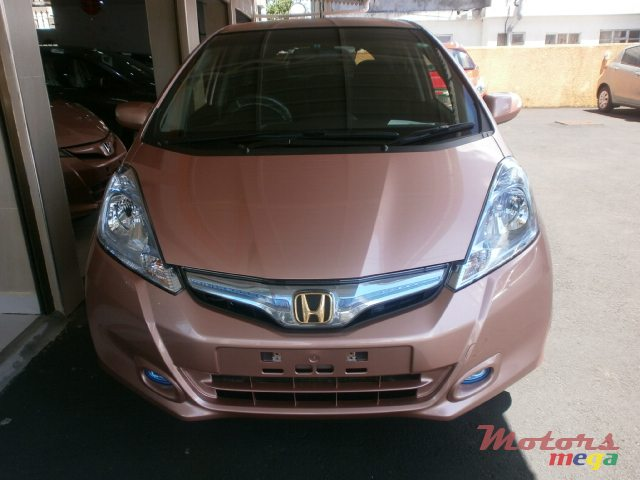2013 Honda FCX Clarity fit hybrid in Curepipe, Mauritius