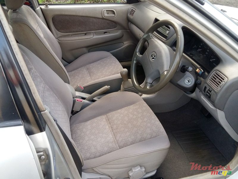 2000 Toyota Corolla EE111 in Rose Belle, Mauritius