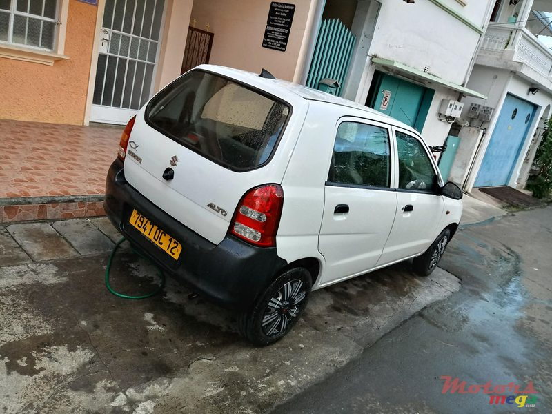 2013 Suzuki ALTO MP3+CD PLAYER in Mahébourg, Mauritius - 2