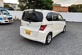 2009' Honda Freed Auto 1.5L JAPAN
