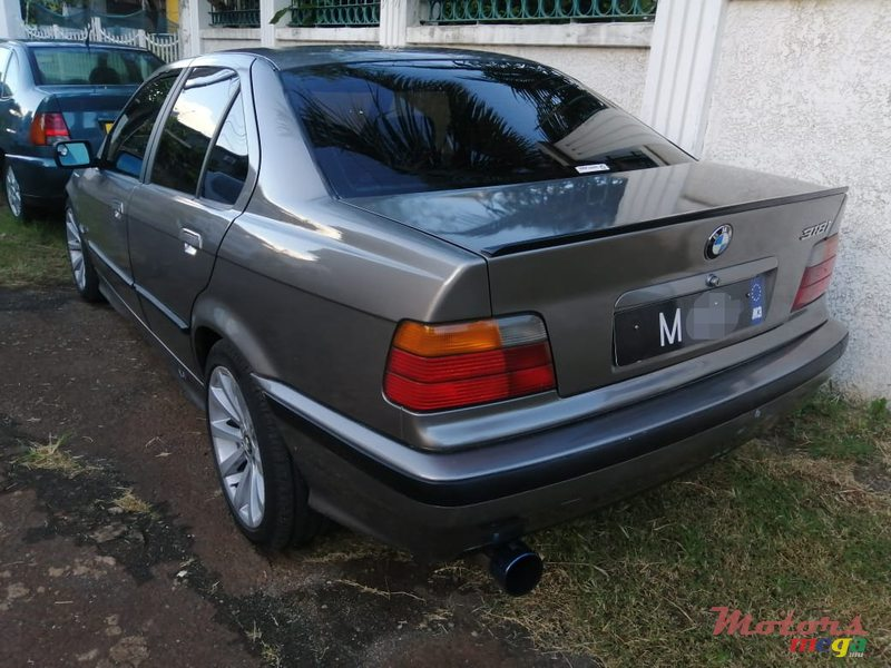 1997 BMW 3 Series in Terre Rouge, Mauritius