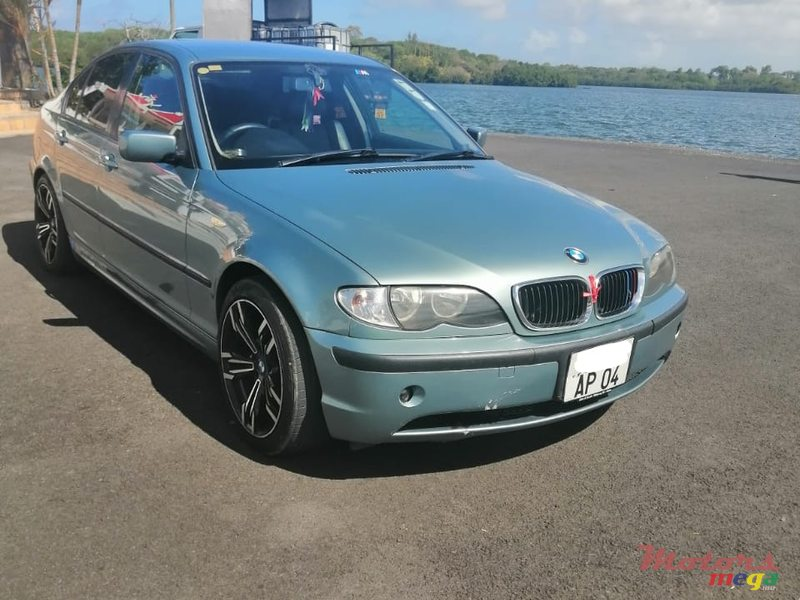"2004 BMW 318 17"" alloy wheels en Moka, Maurice"