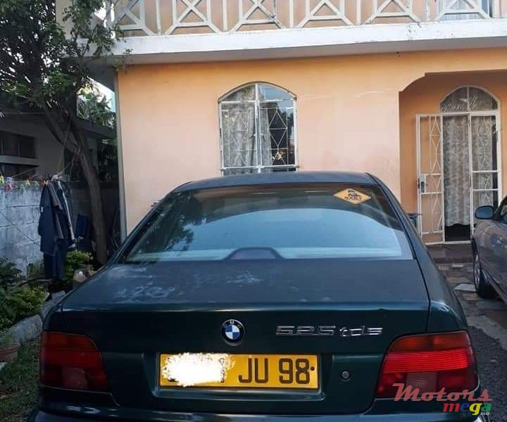 1998 BMW 5 Series in Terre Rouge, Mauritius