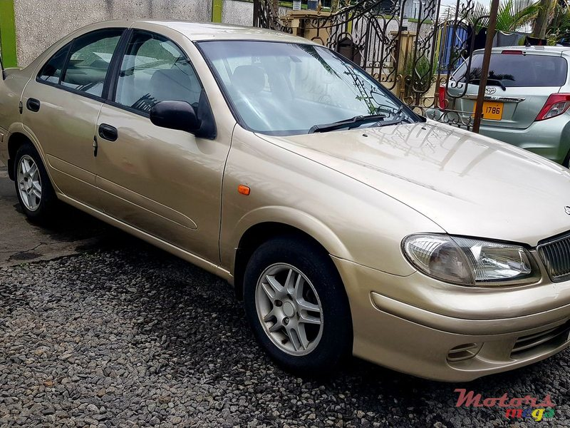 2002 Nissan Sunny in Rose Belle, Mauritius