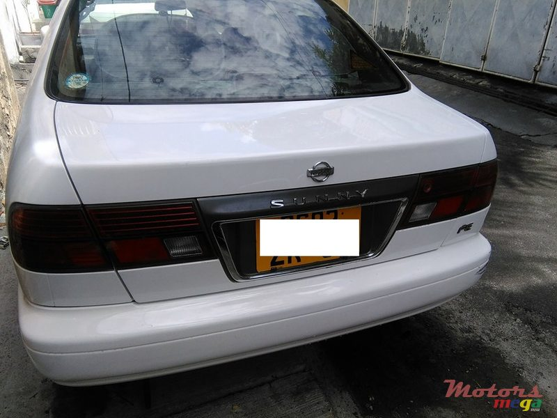 1997 Nissan Sunny B14 Injection in Port Louis, Mauritius