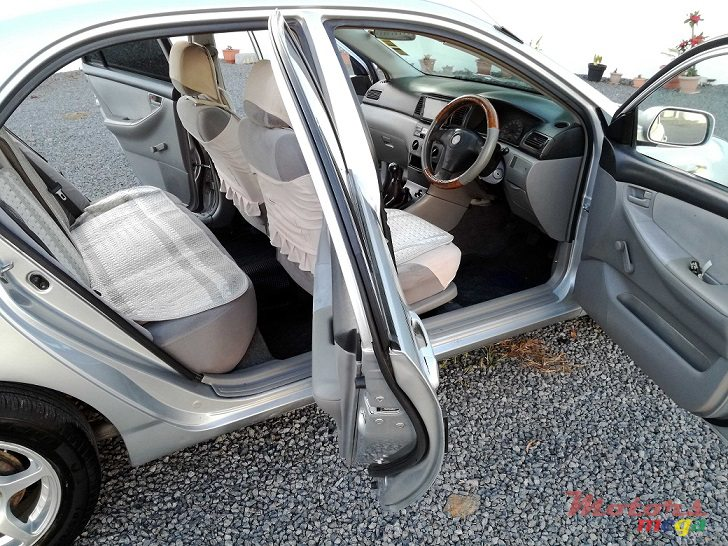 2001 Toyota Corolla NZE AD 1095 NUM INCLUDED in Roches Noires - Riv du Rempart, Mauritius