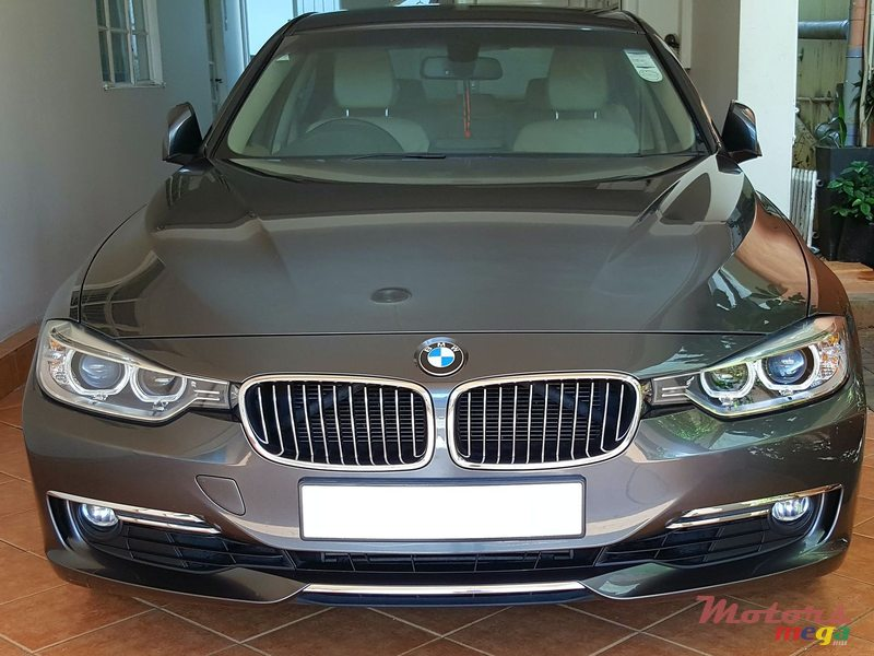 2012 BMW 320 in Terre Rouge, Mauritius