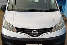 2009' Nissan Full Option   Goods Vehicle