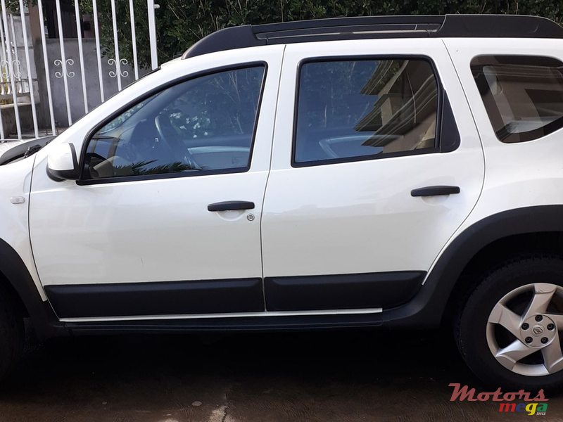 2013 Renault Duster Full Option en Port Louis, Maurice - 4