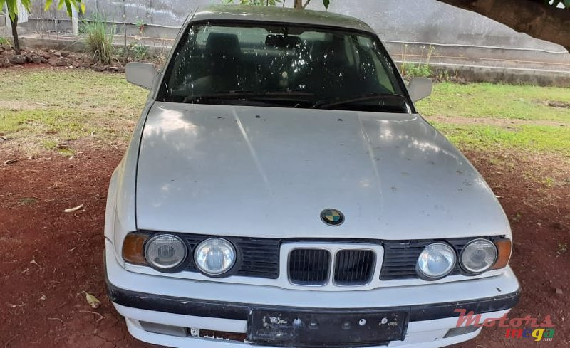 1991 BMW 518 E34 en Port Louis, Maurice
