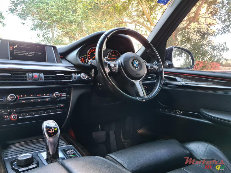 2015 BMW X5 M package 2.5d automatic in Vacoas-Phoenix, Mauritius - 7