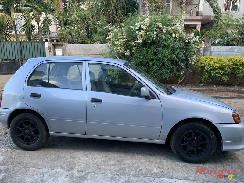1997 Toyota Starlet in Terre Rouge, Mauritius - 2