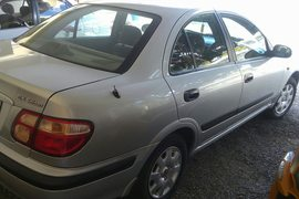 2000' Nissan Sunny Ex saloon.As New.Manual.full o