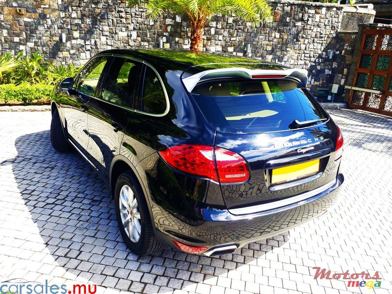 2015 Porsche Cayenne 3.0 V6 Turbo Diesel Injection in Moka, Mauritius - 4