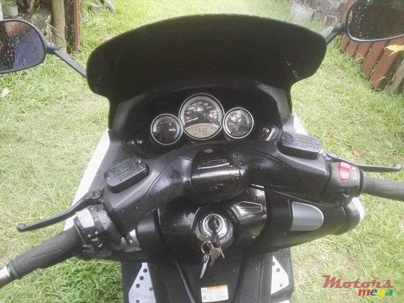 2011 Yamaha Scooter Tmax 500cc Bi-Cylindre in Port Louis, Mauritius - 4