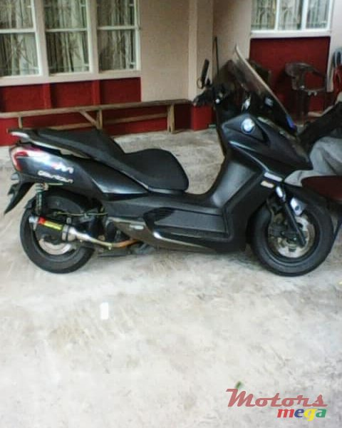 2015 Kymco exhaust pipe en Terre Rouge, Maurice