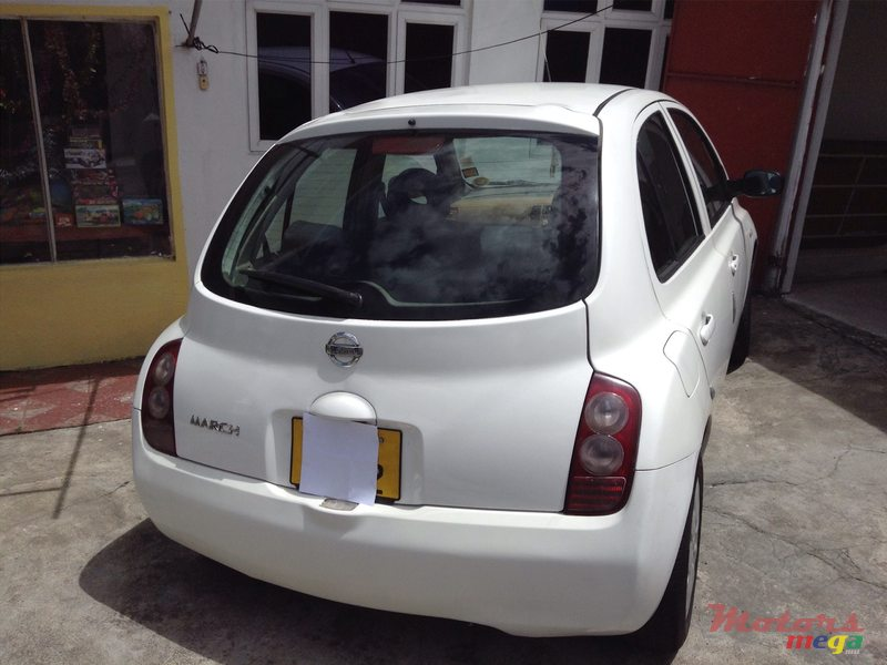 2002 39 nissan march vendre 155 000 rs sounil curepipe for Mega motors loop 12