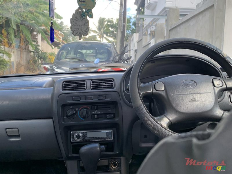 1997 Toyota Starlet in Terre Rouge, Mauritius - 6