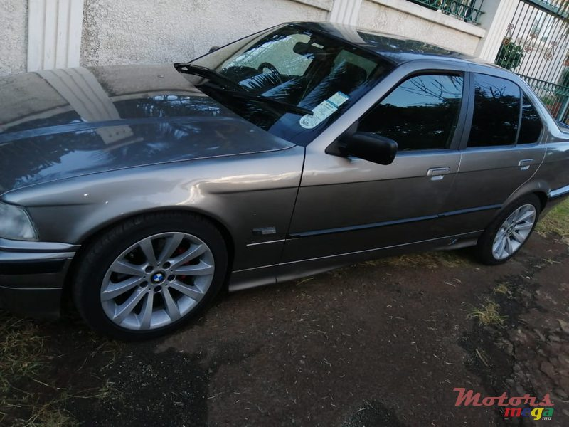 1997 BMW 3 Series in Terre Rouge, Mauritius - 4
