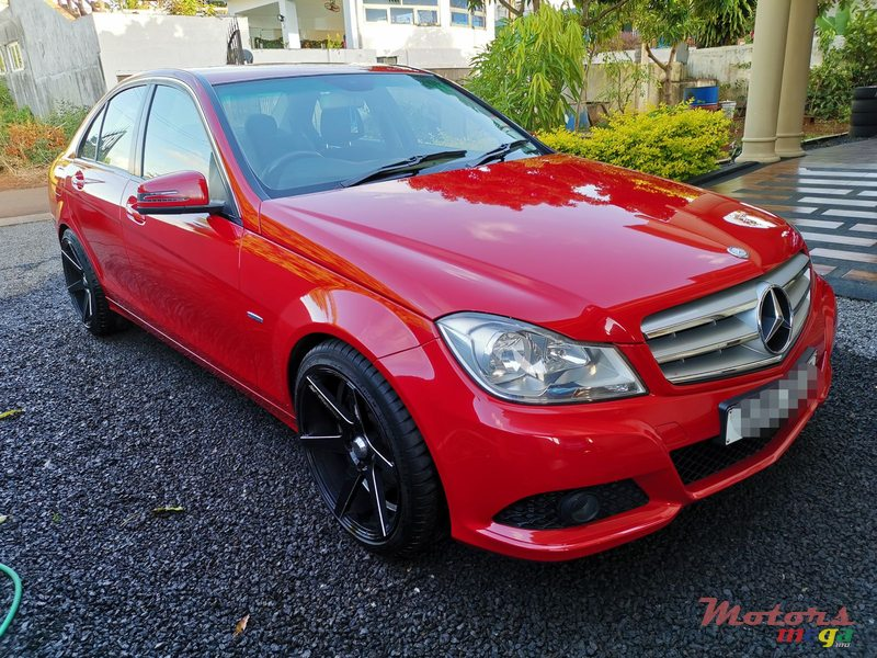 2012 Mercedes-Benz C-Class C180 in Terre Rouge, Mauritius