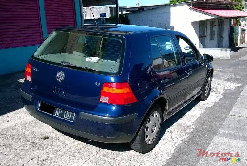 2000 39 volkswagen golf 4 1 6 sr for sale price is negotiable vacoas phoenix mauritius. Black Bedroom Furniture Sets. Home Design Ideas