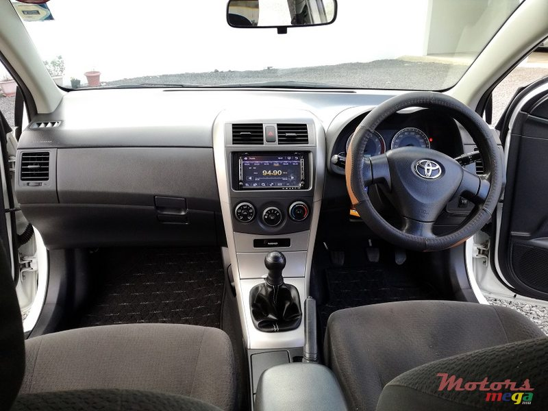 2011 Toyota Fielder AXIO 1.5L JAPAN in Roches Noires - Riv du Rempart, Mauritius - 3