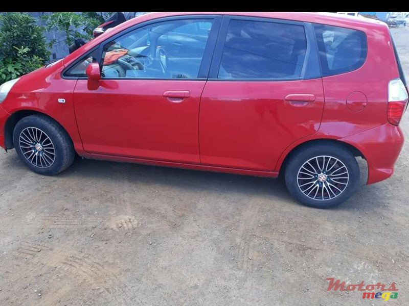 2006 Honda Fit in Rose Hill - Quatres Bornes, Mauritius - 3