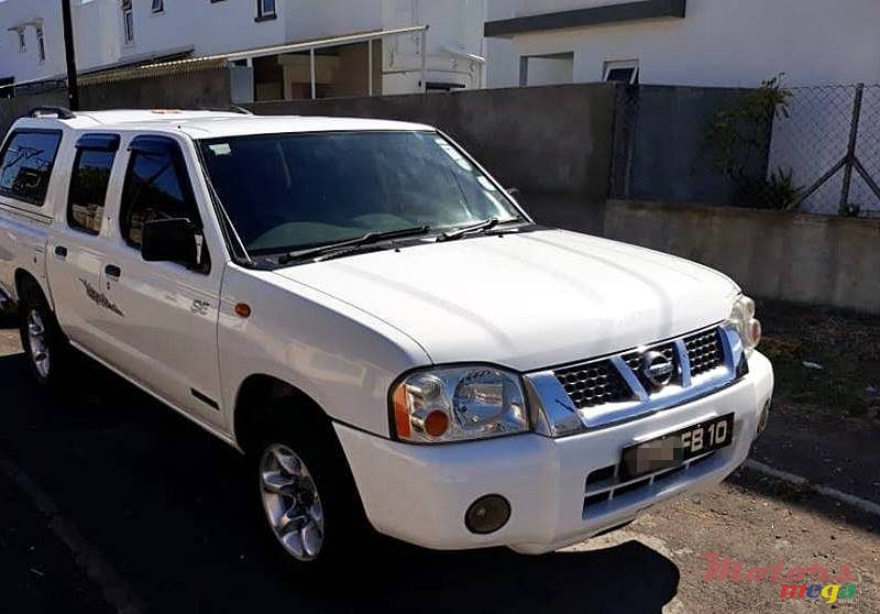 2010 Nissan Navara (2x4) call 54227164 in Port Louis, Mauritius
