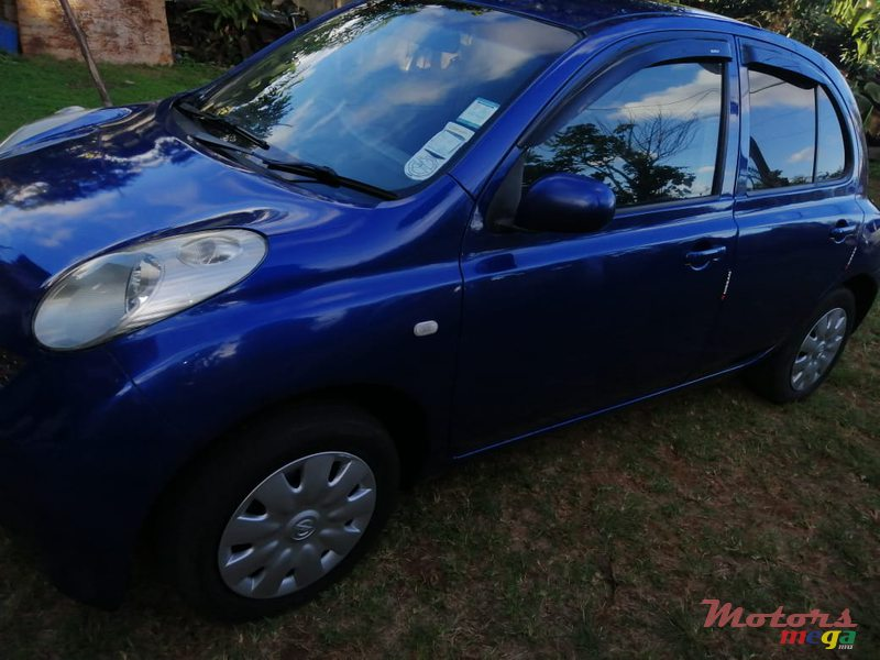 2003 Nissan March in Port Louis, Mauritius - 3