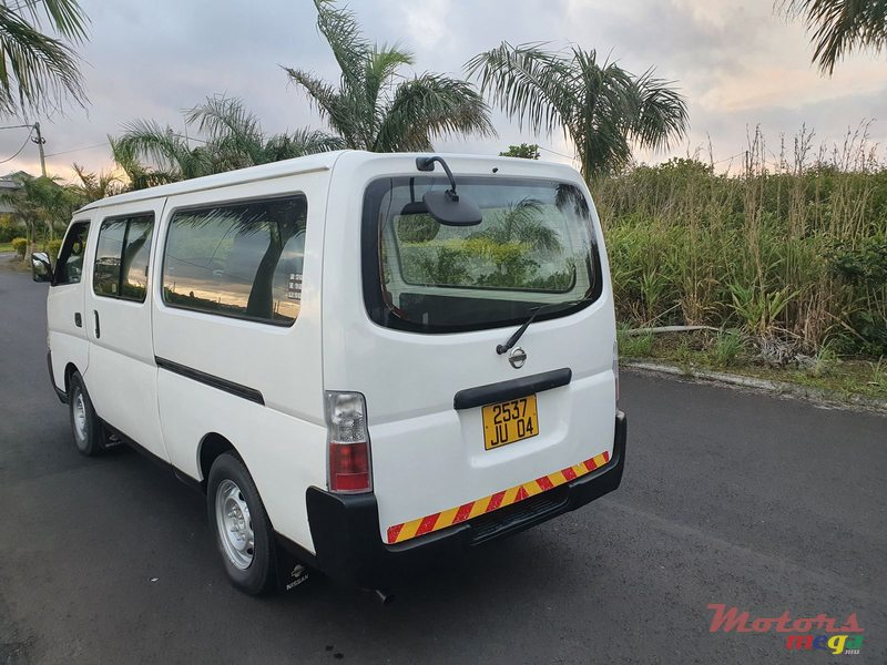 2004 Nissan E25 Goods Vehicle in Curepipe, Mauritius - 2