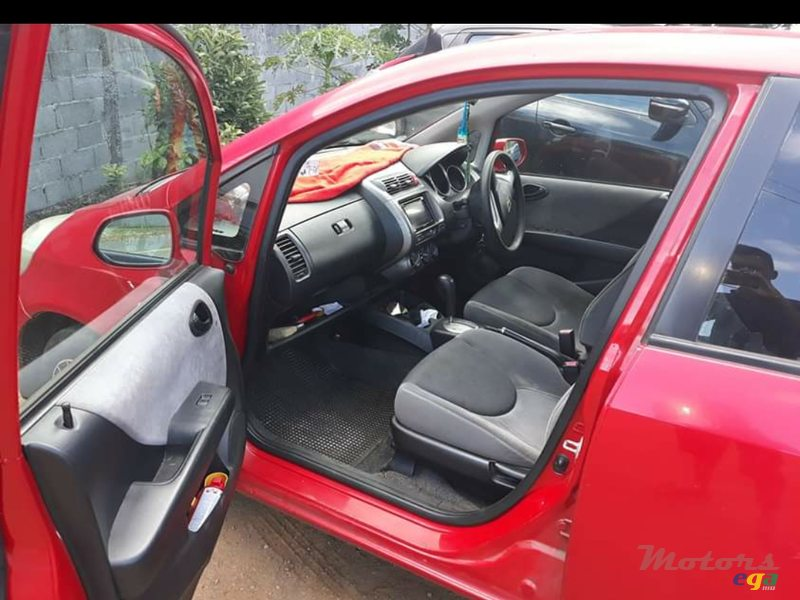 2006 Honda Fit in Rose Hill - Quatres Bornes, Mauritius - 2
