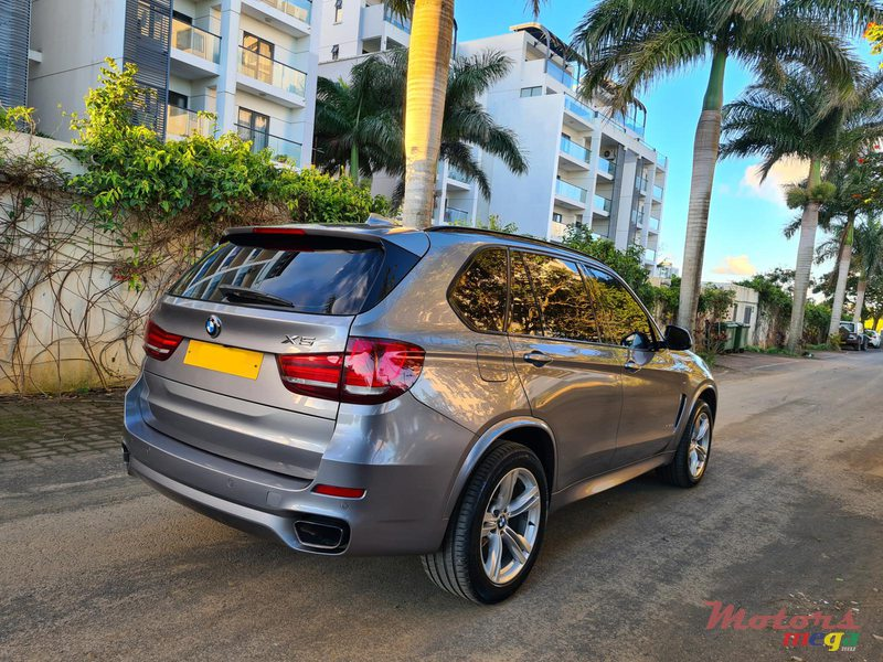 2015 BMW X5 M package 2.5d automatic in Vacoas-Phoenix, Mauritius - 2