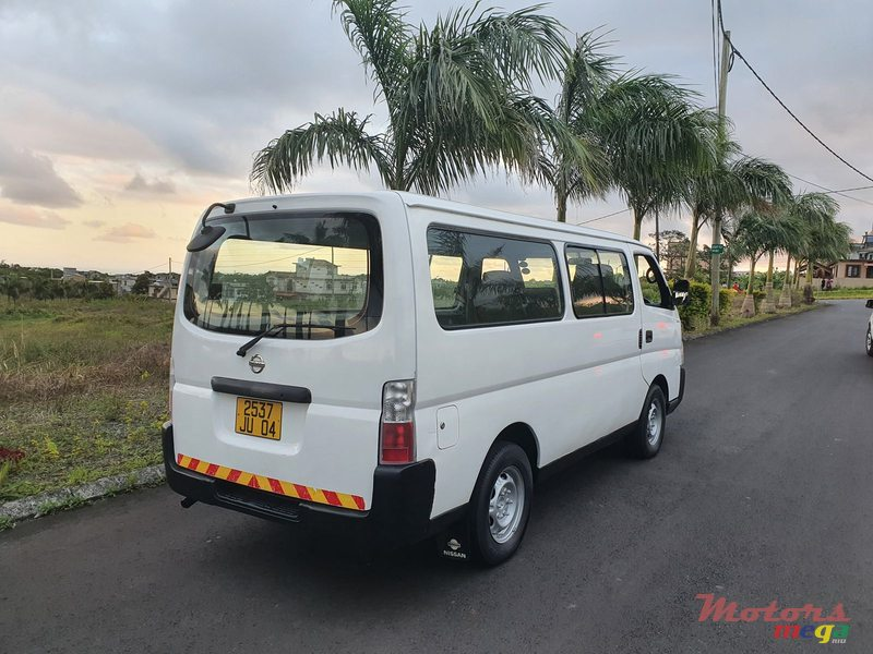 2004 Nissan E25 Goods Vehicle in Curepipe, Mauritius - 4