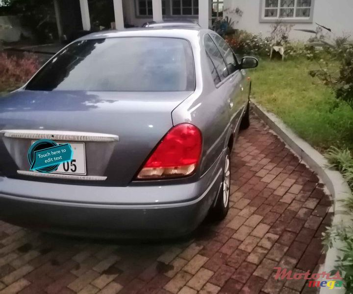 2005 Nissan Sunny in Port Louis, Mauritius